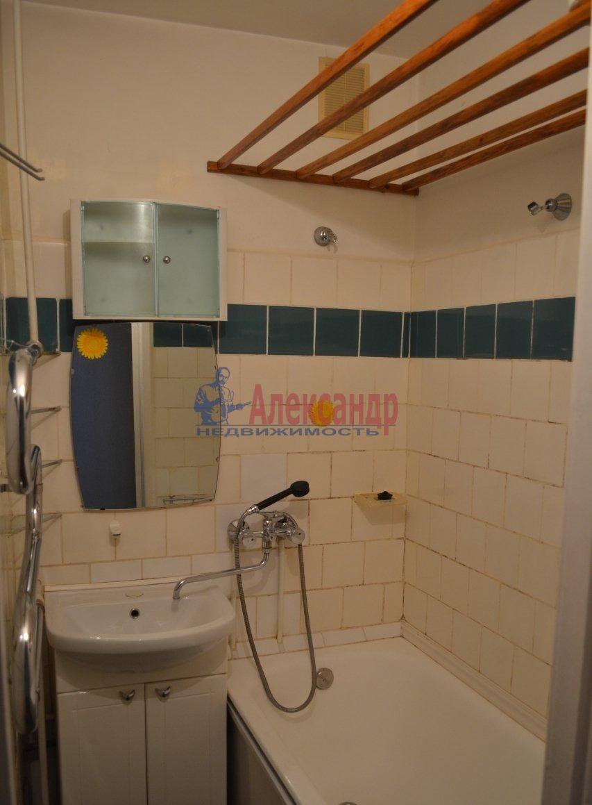1-комнатная квартира (35м2) в аренду по адресу Науки пр., 17— фото 4 из 4
