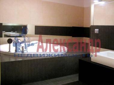 4-комнатная квартира (130м2) в аренду по адресу Большая Зеленина ул.— фото 4 из 4