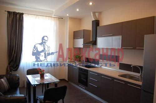 1-комнатная квартира (50м2) в аренду по адресу Российский пр., 8— фото 1 из 9