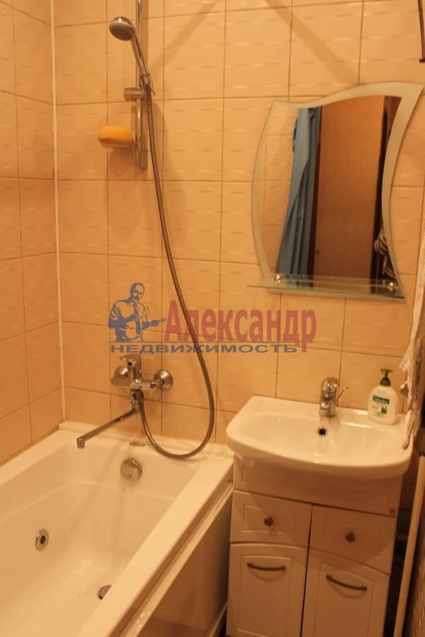 2-комнатная квартира (56м2) в аренду по адресу Славы пр., 12— фото 7 из 7