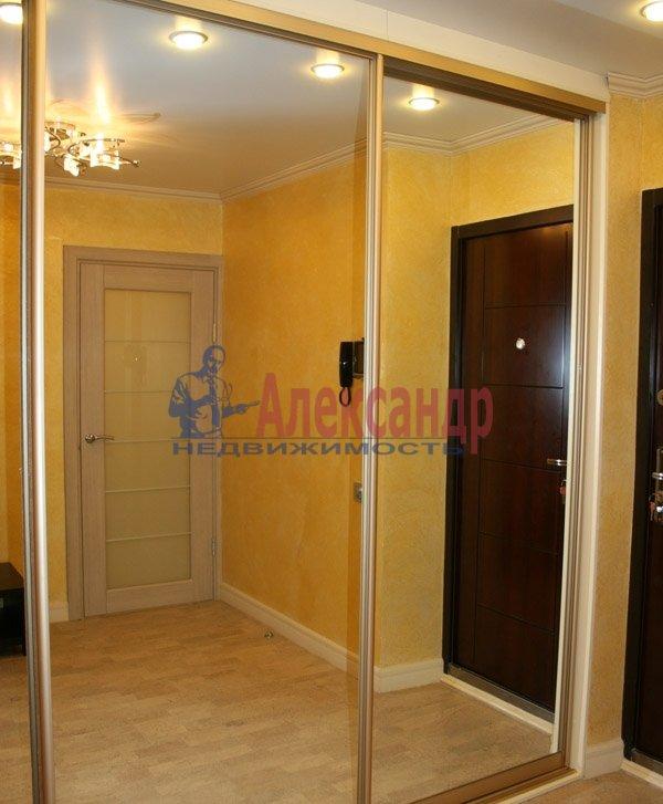 3-комнатная квартира (80м2) в аренду по адресу Просвещения просп., 84— фото 5 из 6