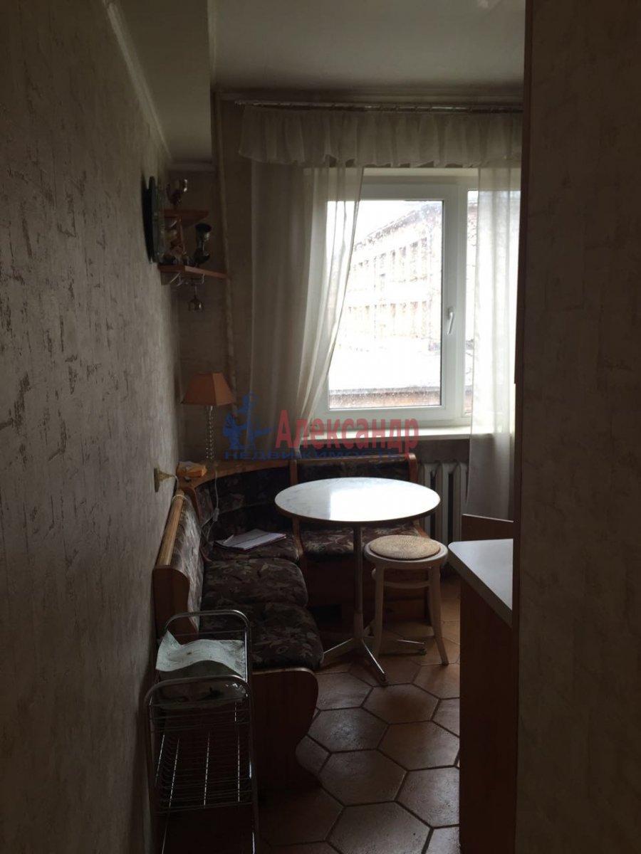 2-комнатная квартира (50м2) в аренду по адресу Таллинская ул., 17— фото 3 из 10