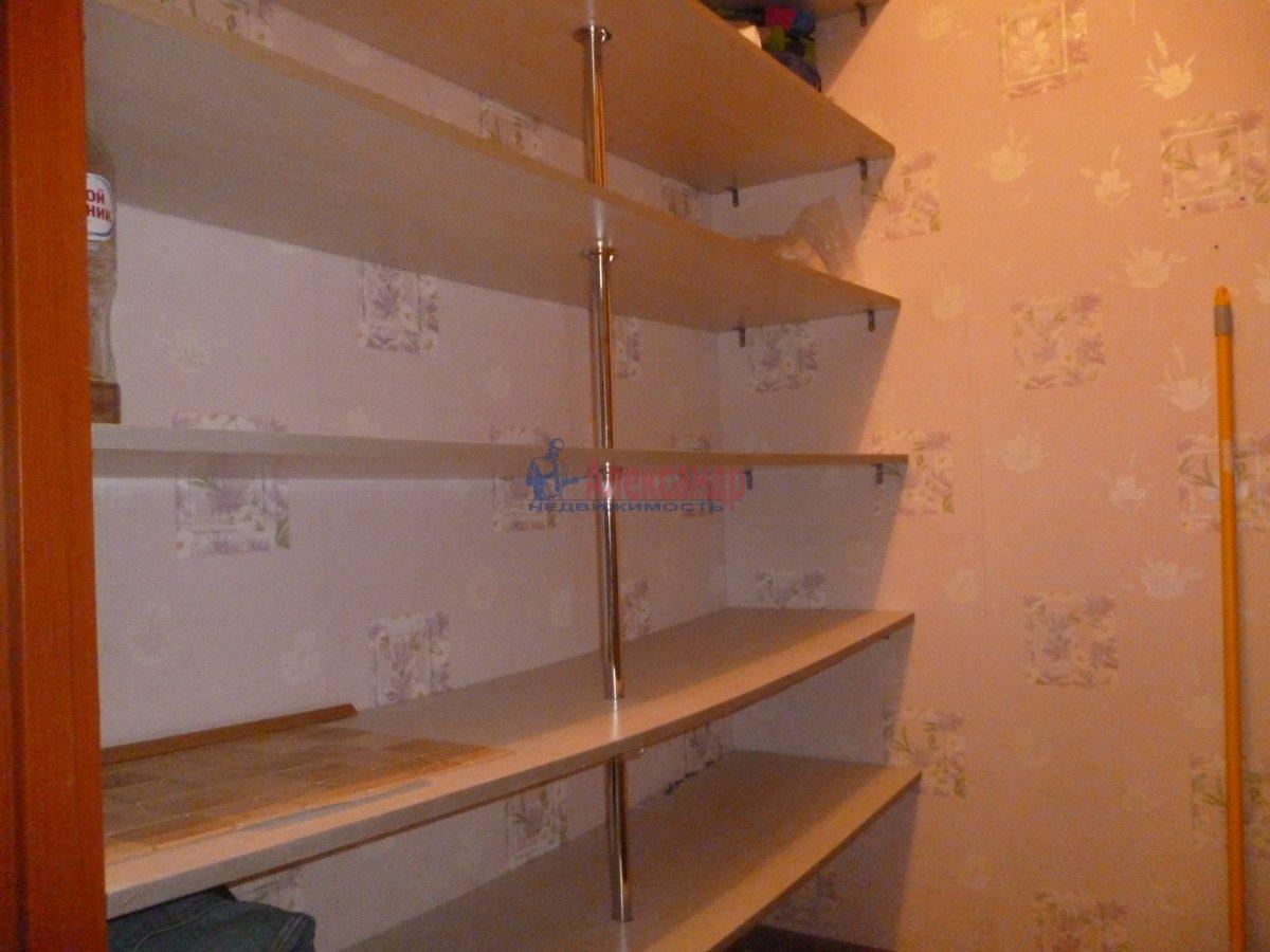 3-комнатная квартира (76м2) в аренду по адресу Пушкин г., Саперная ул., 48— фото 14 из 17