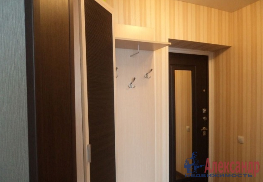 1-комнатная квартира (39м2) в аренду по адресу Мебельная ул., 19— фото 5 из 5