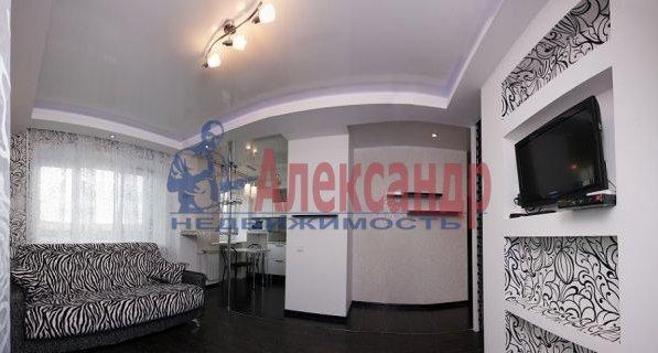 3-комнатная квартира (95м2) в аренду по адресу Просвещения просп., 99— фото 4 из 8