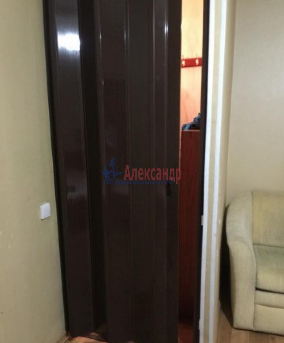 1-комнатная квартира (41м2) в аренду по адресу Передовиков ул., 3— фото 6 из 8