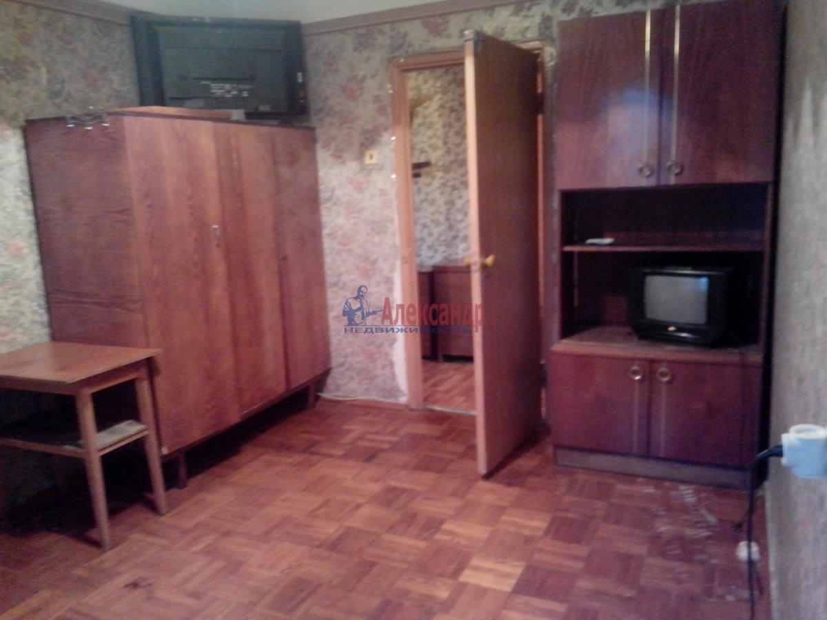 2-комнатная квартира (55м2) в аренду по адресу Индустриальный пр., 35— фото 7 из 9