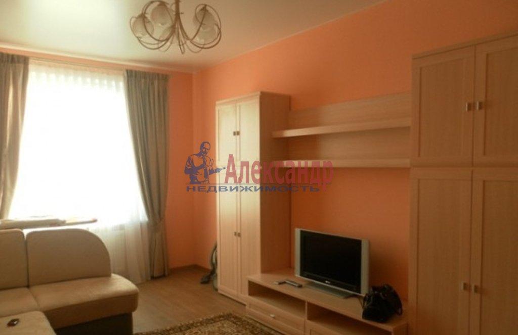 2-комнатная квартира (64м2) в аренду по адресу Ленинский пр., 82— фото 1 из 4