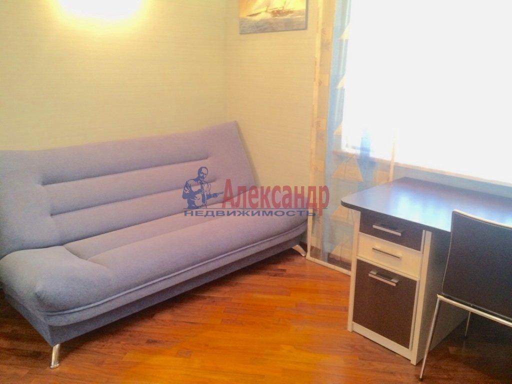 4-комнатная квартира (130м2) в аренду по адресу Бассейная ул., 10— фото 13 из 17