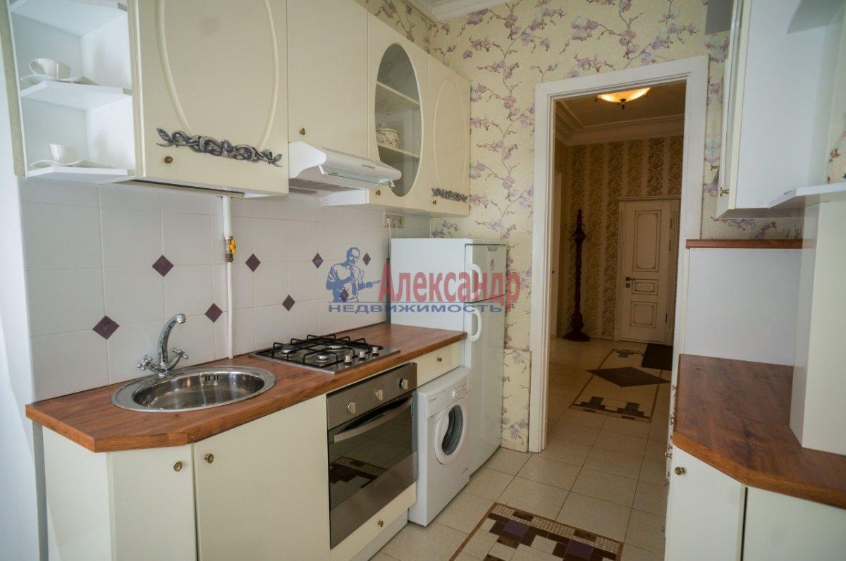 3-комнатная квартира (80м2) в аренду по адресу 6 Красноармейская ул., 80— фото 4 из 8