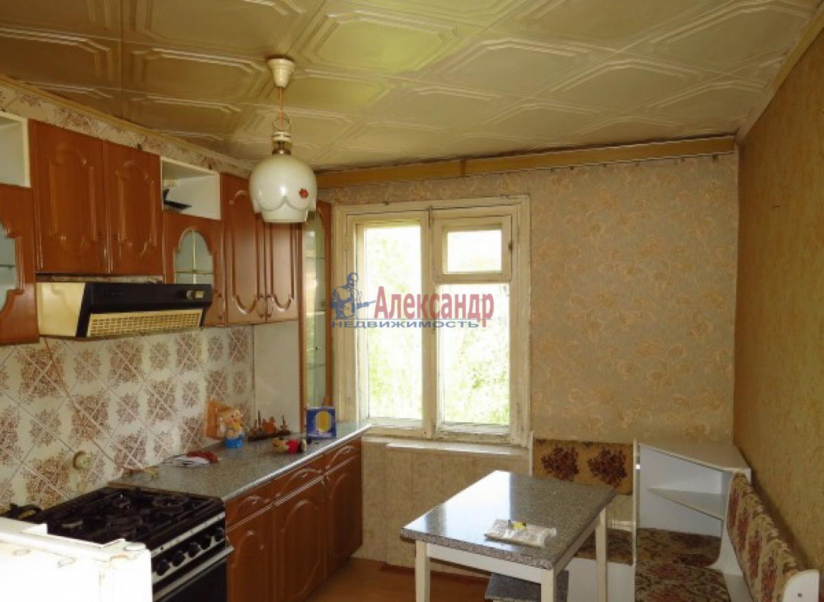 1-комнатная квартира (31м2) в аренду по адресу Ленсовета ул., 42— фото 1 из 3