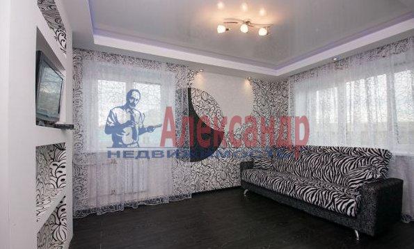 3-комнатная квартира (95м2) в аренду по адресу Просвещения просп., 99— фото 8 из 8