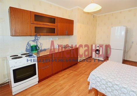 1-комнатная квартира (40м2) в аренду по адресу Ветеранов пр., 16— фото 3 из 4
