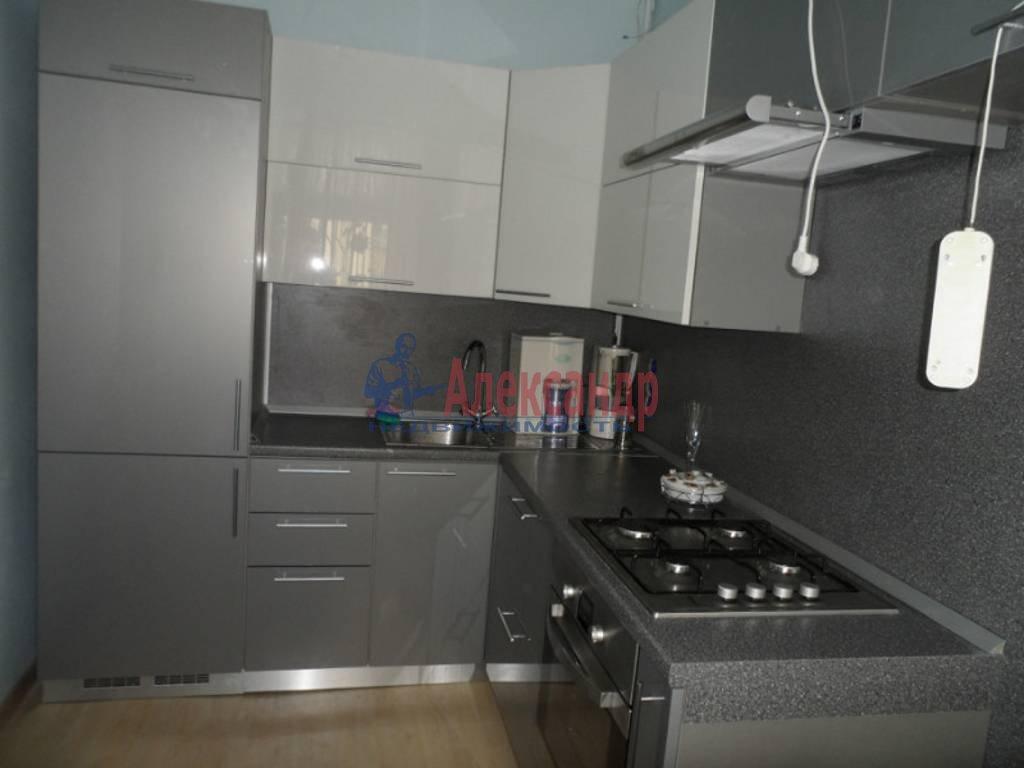 2-комнатная квартира (50м2) в аренду по адресу Саратовская ул., 27— фото 1 из 4