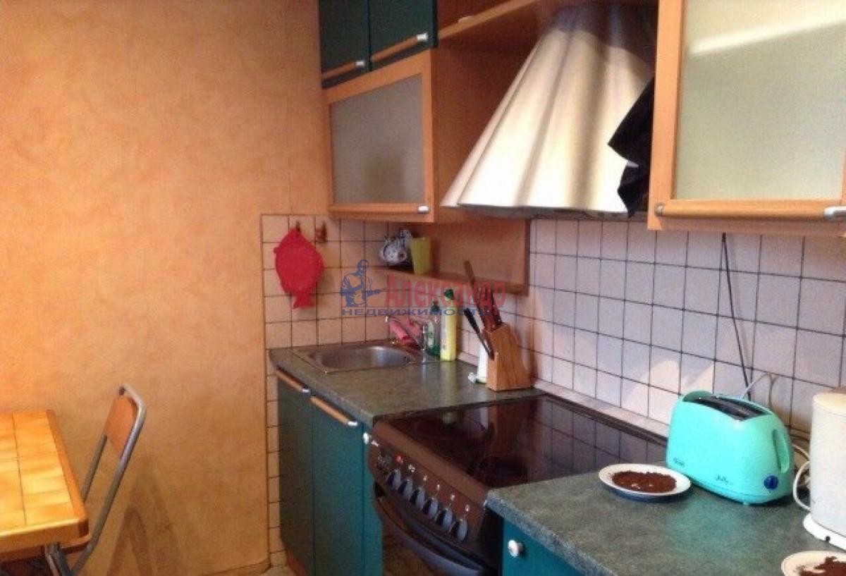 1-комнатная квартира (32м2) в аренду по адресу Народного Ополчения пр., 141— фото 3 из 6