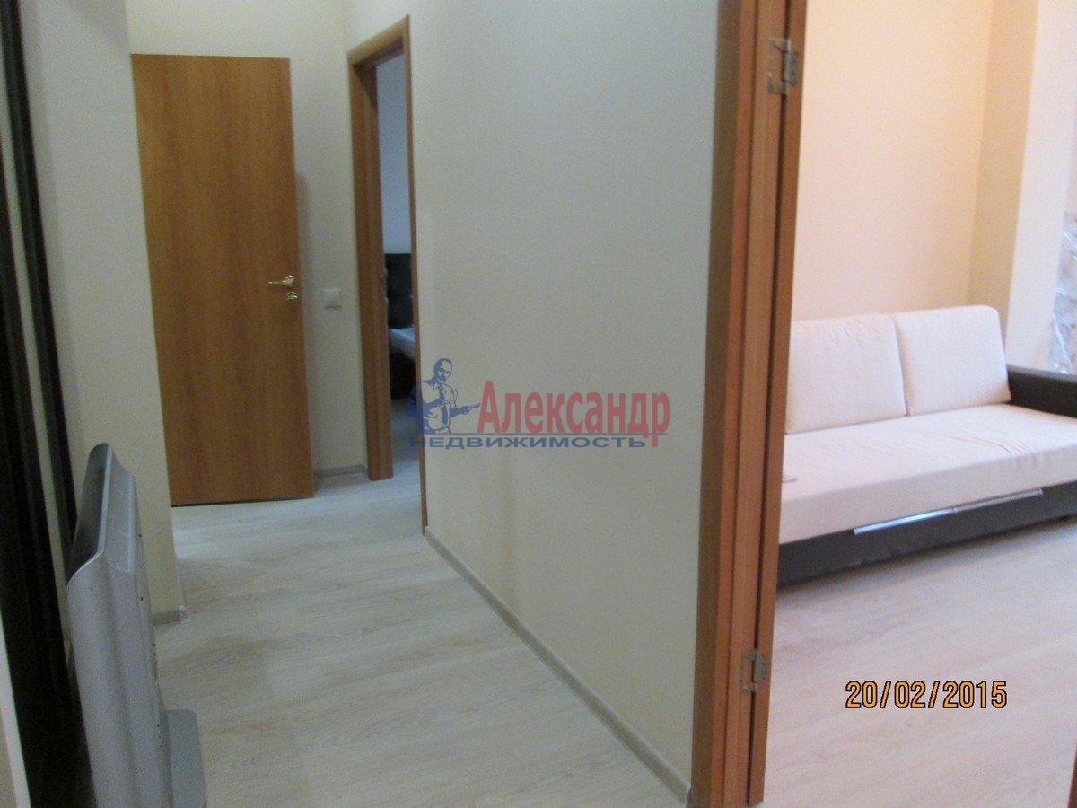 1-комнатная квартира (60м2) в аренду по адресу Пионерская ул., 50— фото 3 из 6