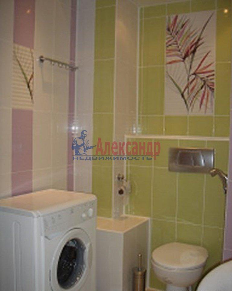 1-комнатная квартира (42м2) в аренду по адресу Русановская ул., 9— фото 3 из 4