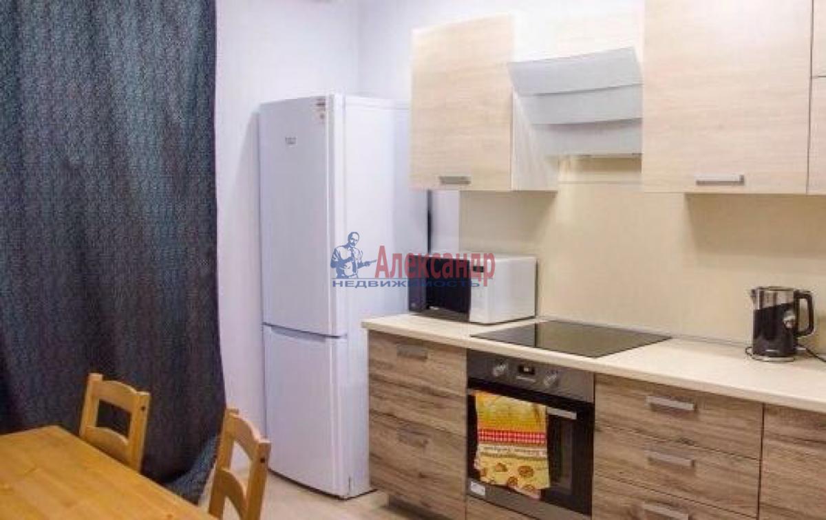 1-комнатная квартира (43м2) в аренду по адресу Космонавтов просп., 37— фото 1 из 5