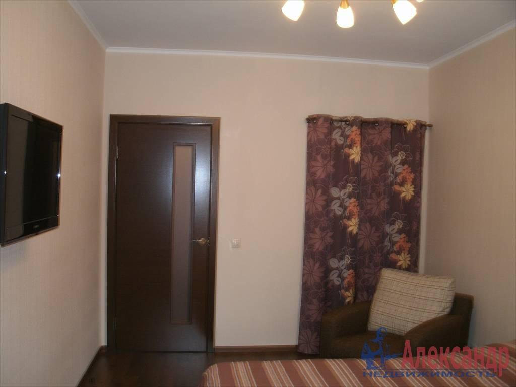 1-комнатная квартира (43м2) в аренду по адресу Новаторов бул., 8— фото 8 из 10