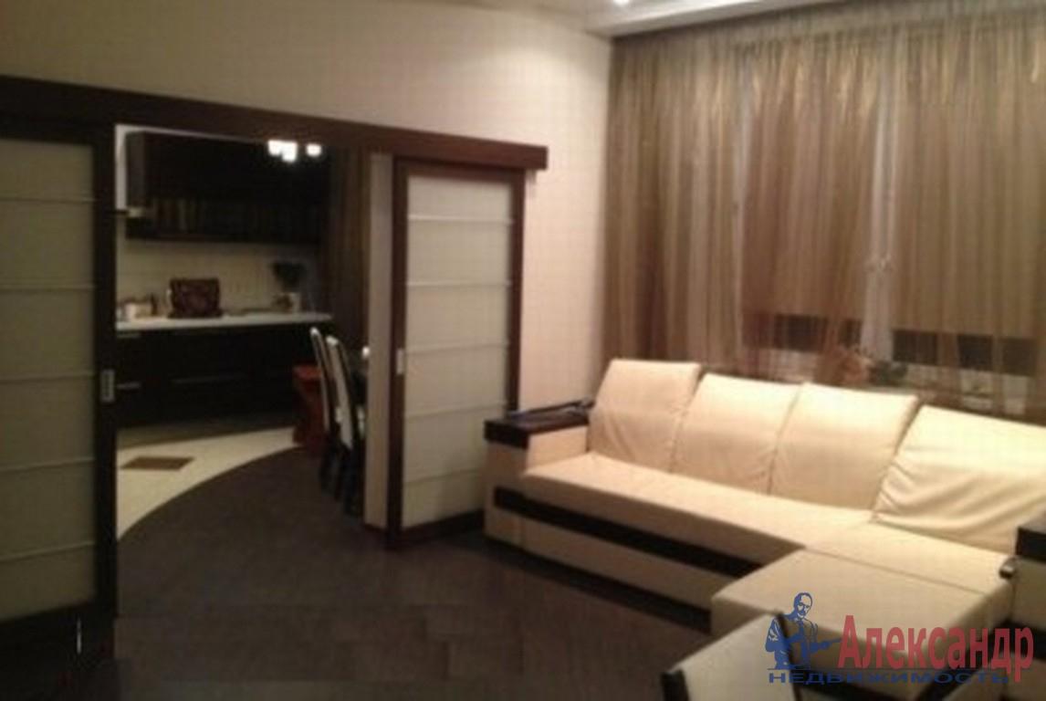 3-комнатная квартира (82м2) в аренду по адресу Туристская ул., 23— фото 1 из 4