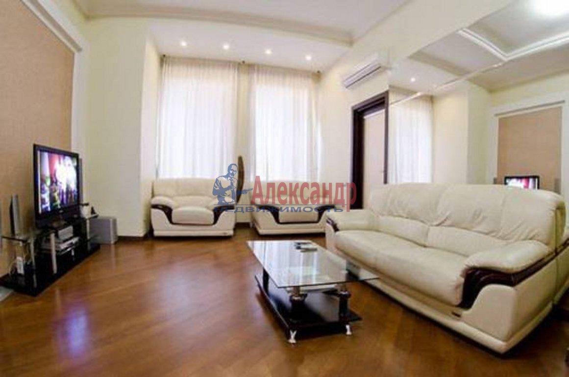 4-комнатная квартира (180м2) в аренду по адресу Крестовский пр., 4— фото 1 из 7