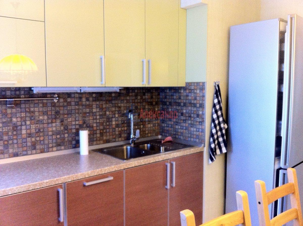 2-комнатная квартира (54м2) в аренду по адресу Новосмоленская наб., 1— фото 8 из 15