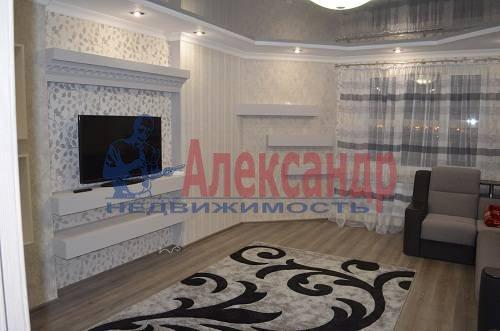 2-комнатная квартира (69м2) в аренду по адресу Петергофское шос., 59— фото 1 из 7