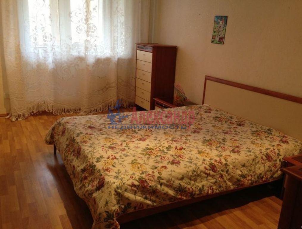 Комната в 3-комнатной квартире (84м2) в аренду по адресу Вавиловых ул., 7— фото 2 из 5