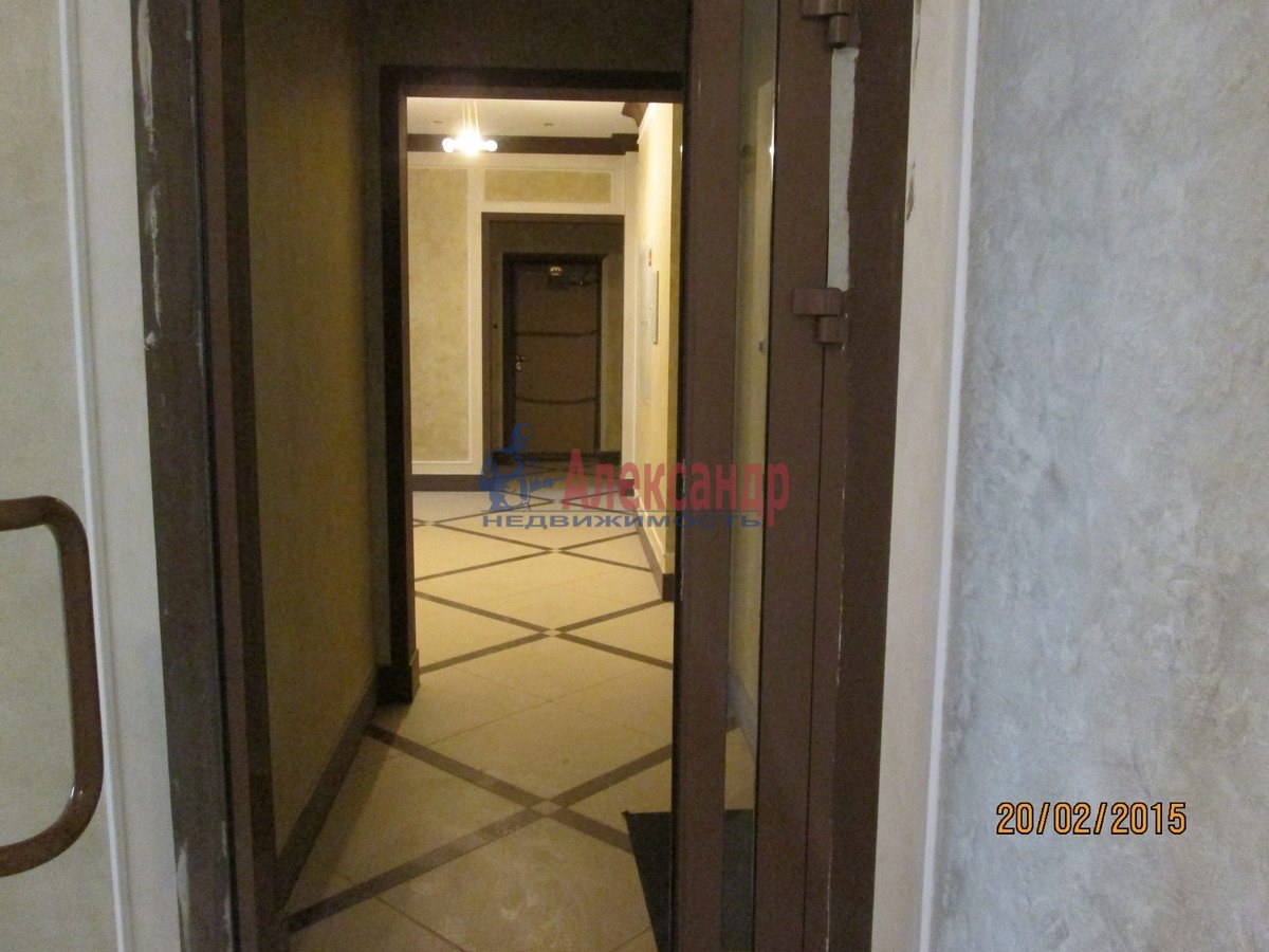 1-комнатная квартира (60м2) в аренду по адресу Пионерская ул., 50— фото 4 из 6