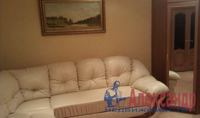 2-комнатная квартира (60м2) в аренду по адресу Гражданский пр., 116— фото 1 из 3