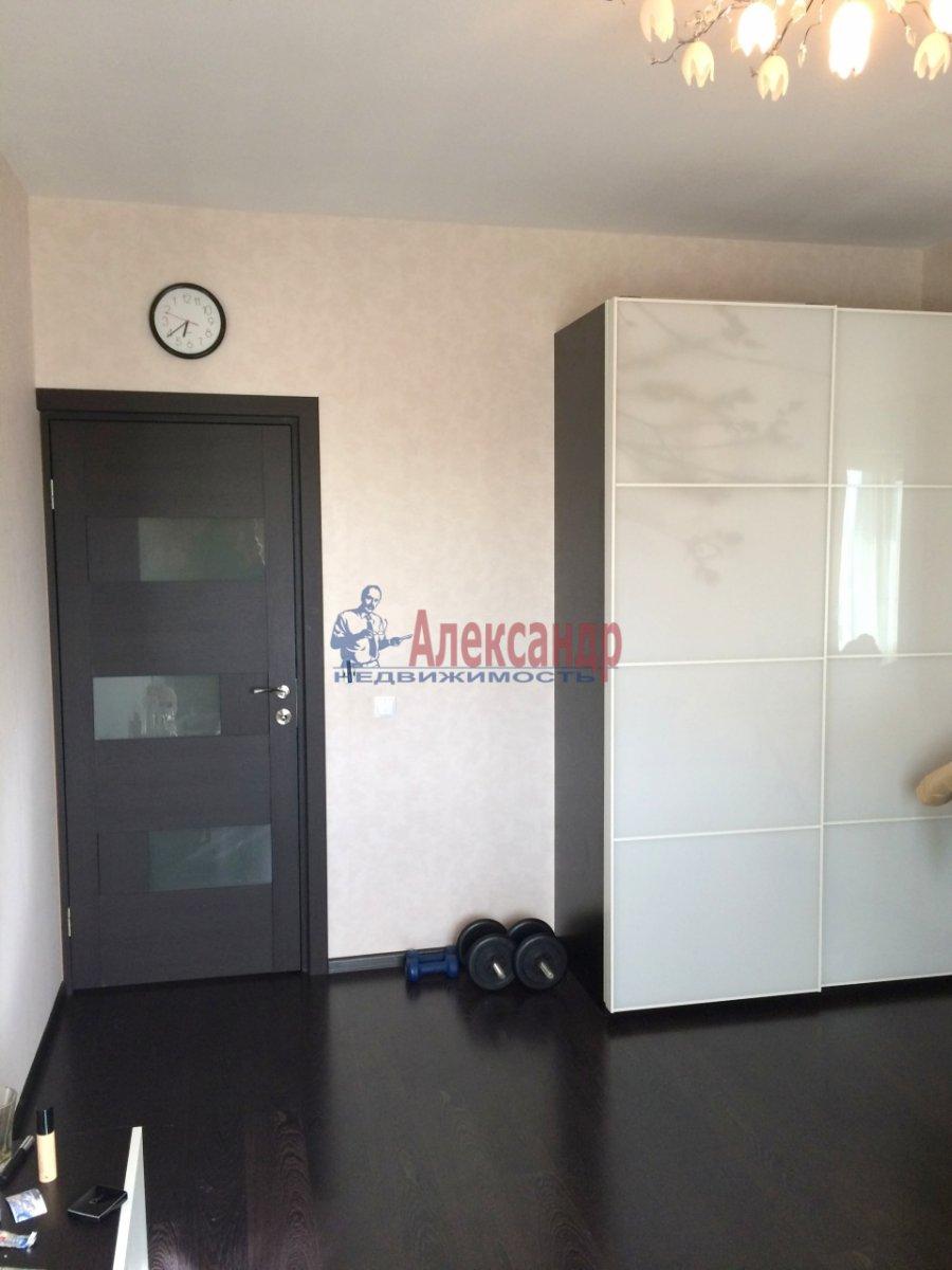 1-комнатная квартира (43м2) в аренду по адресу Коломяжский пр., 15— фото 1 из 6