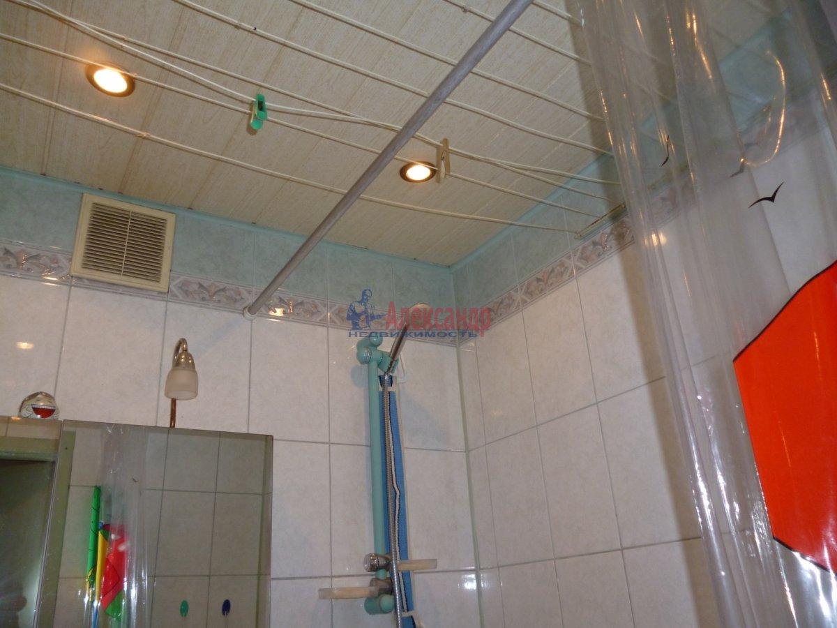 1-комнатная квартира (35м2) в аренду по адресу Учительская ул., 14— фото 4 из 6