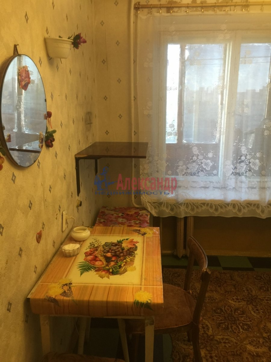 1-комнатная квартира (38м2) в аренду по адресу Турку ул., 18— фото 10 из 12
