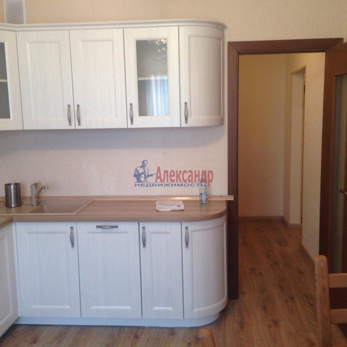 3-комнатная квартира (82м2) в аренду по адресу Даниила Хармса ул., 5— фото 2 из 13