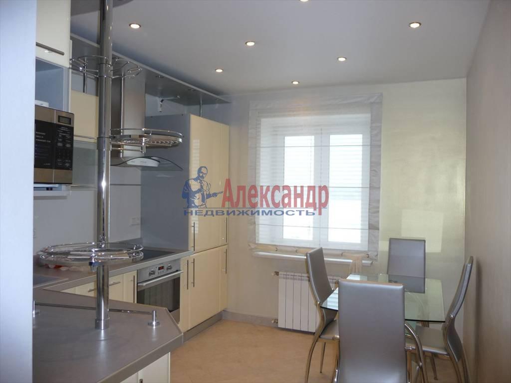 2-комнатная квартира (70м2) в аренду по адресу Морская наб., 39— фото 1 из 2