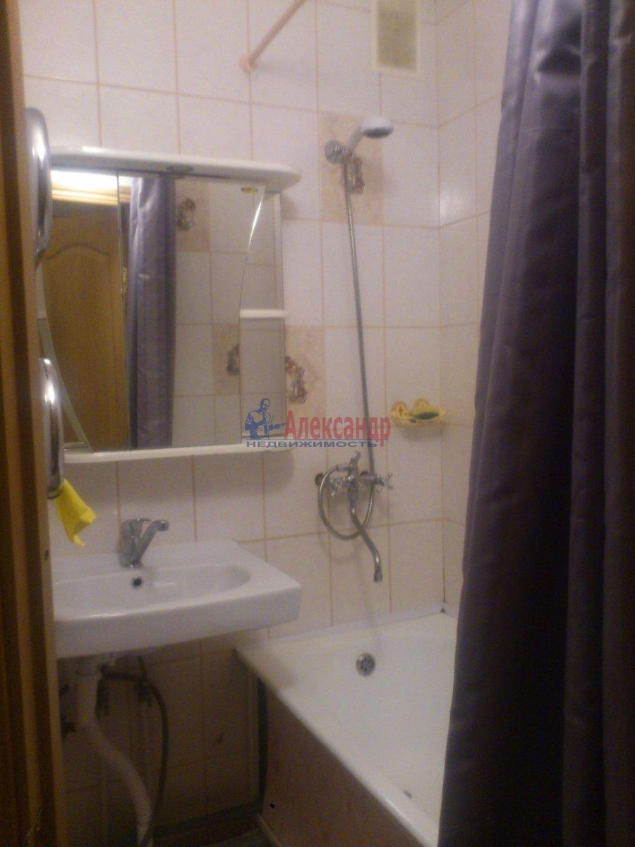 2-комнатная квартира (45м2) в аренду по адресу Байконурская ул., 19— фото 4 из 21