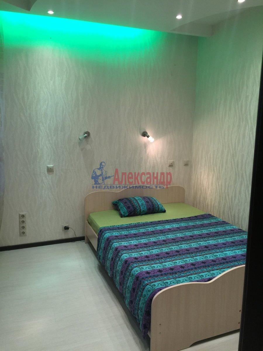2-комнатная квартира (65м2) в аренду по адресу Богатырский пр., 60— фото 6 из 17