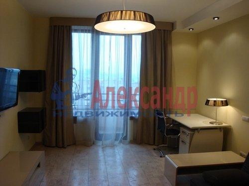 2-комнатная квартира (70м2) в аренду по адресу Коломяжский пр., 15— фото 5 из 7