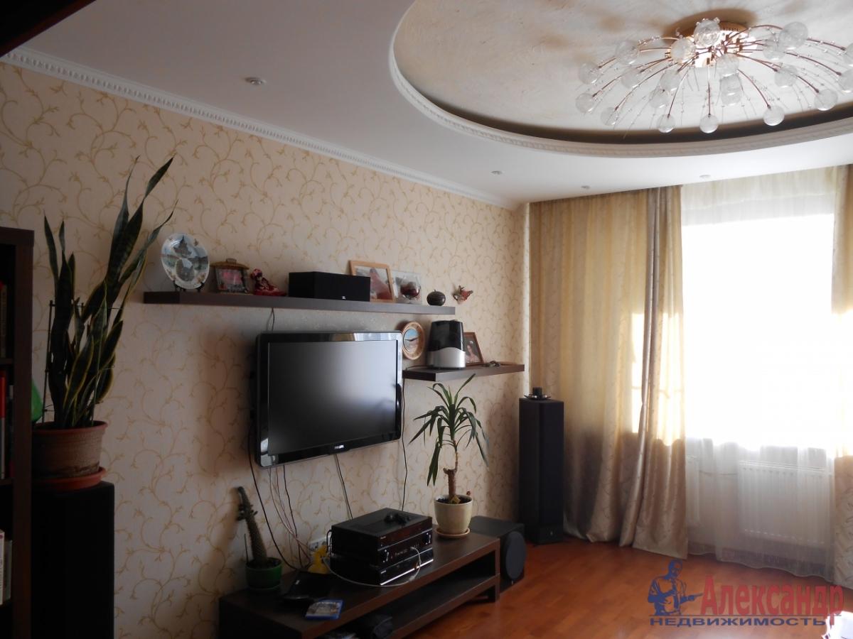 2-комнатная квартира (70м2) в аренду по адресу Народного Ополчения пр., 10— фото 4 из 5