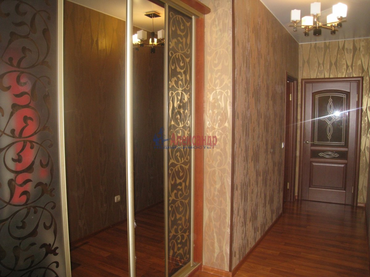 2-комнатная квартира (70м2) в аренду по адресу Пулковская ул., 1— фото 5 из 7