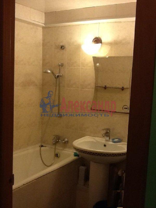 1-комнатная квартира (40м2) в аренду по адресу Стародеревенская ул., 21— фото 3 из 3