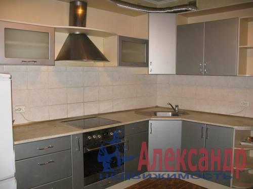 1-комнатная квартира (34м2) в аренду по адресу Камышовая ул., 11— фото 1 из 5