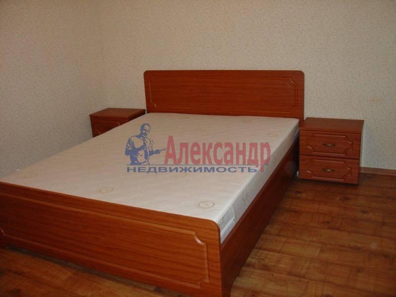 2-комнатная квартира (75м2) в аренду по адресу Заставская ул., 28— фото 2 из 6