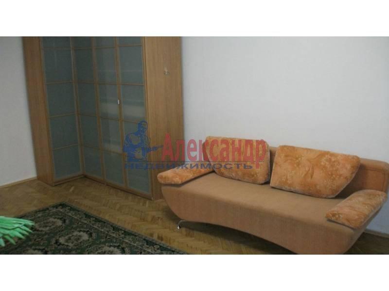 1-комнатная квартира (34м2) в аренду по адресу Художников пр., 18— фото 1 из 5