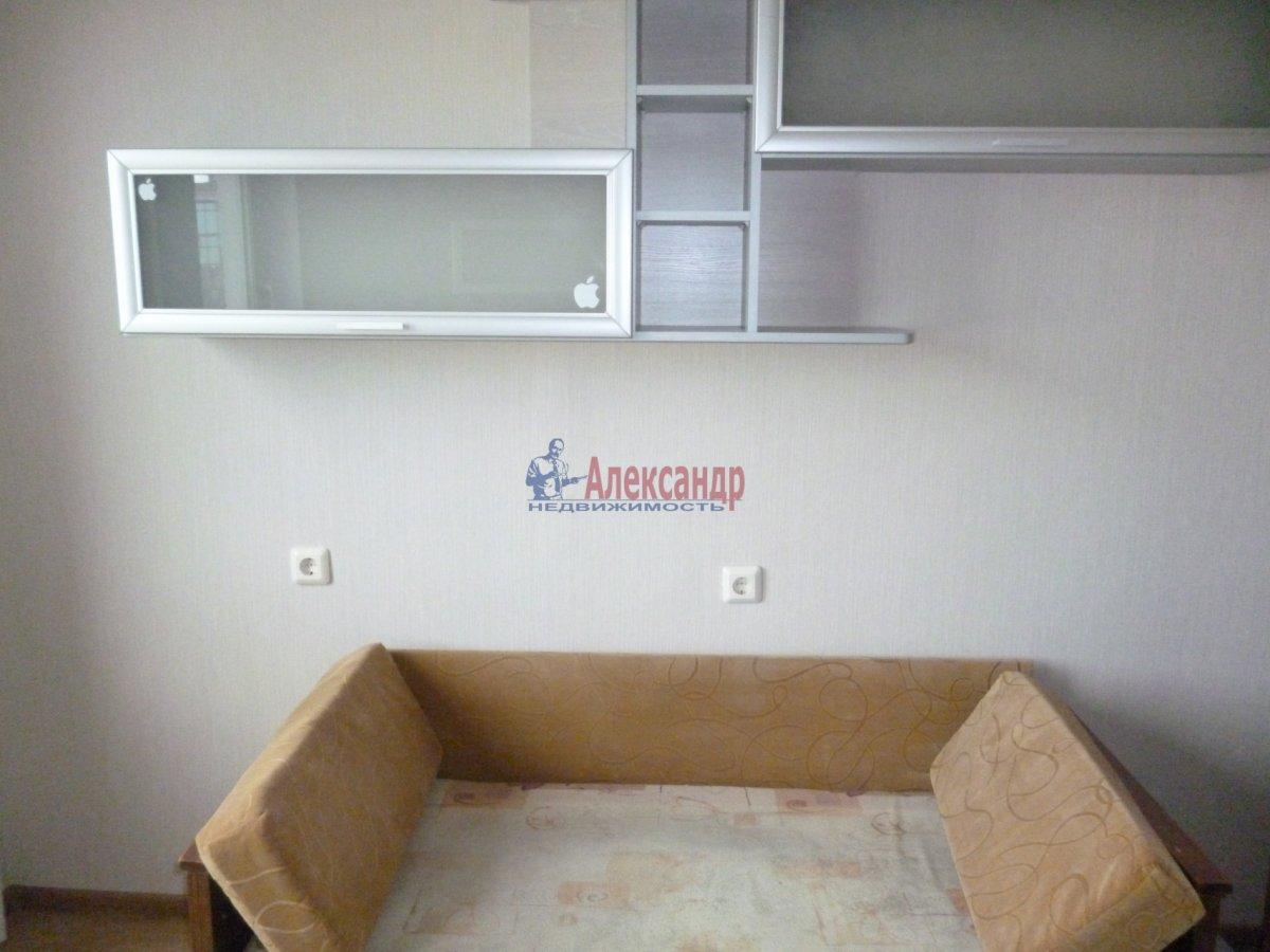 3-комнатная квартира (76м2) в аренду по адресу Пушкин г., Саперная ул., 48— фото 16 из 17