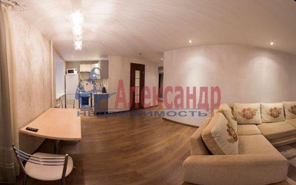 2-комнатная квартира (82м2) в аренду по адресу Счастливая ул., 14— фото 4 из 11
