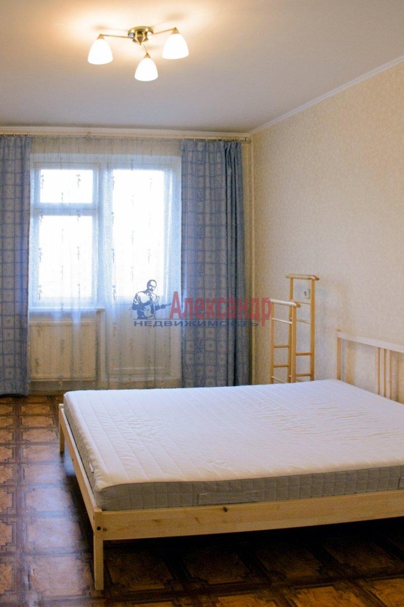 1-комнатная квартира (35м2) в аренду по адресу Маршала Говорова ул., 12— фото 2 из 2