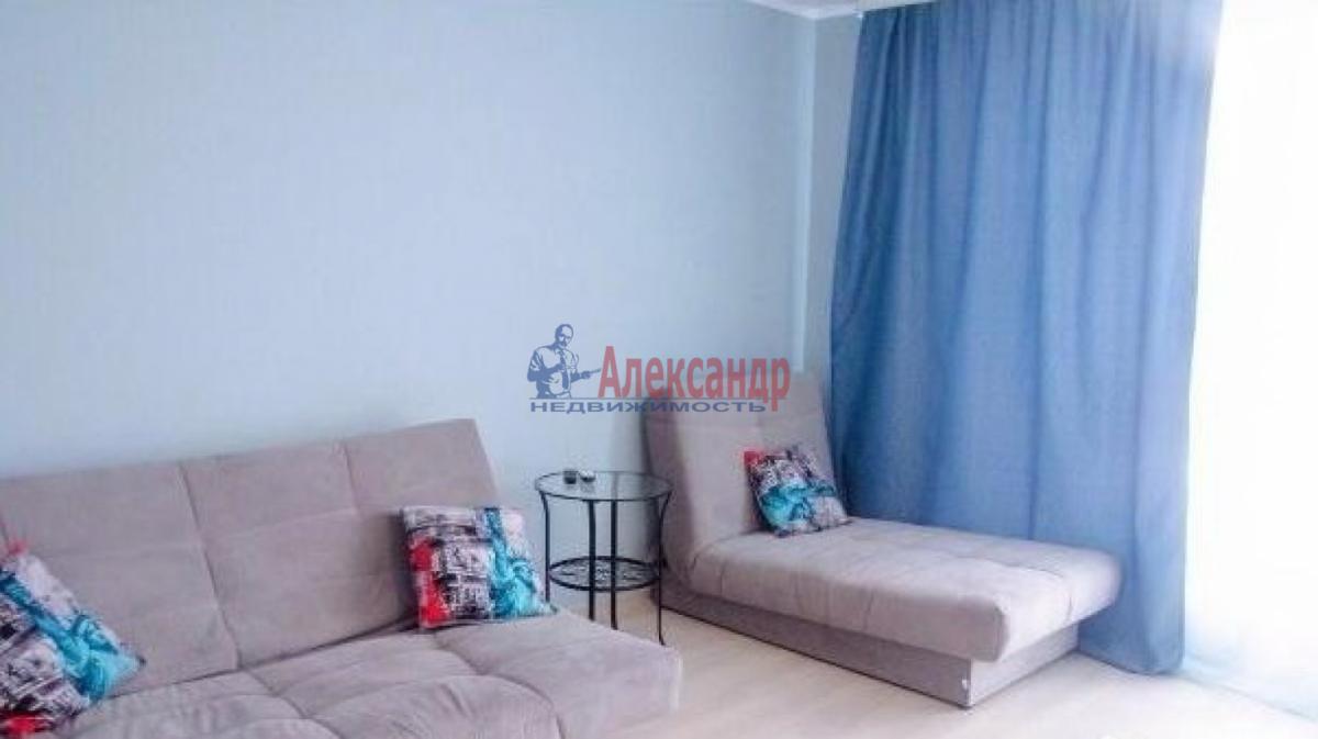 1-комнатная квартира (43м2) в аренду по адресу Космонавтов просп., 37— фото 2 из 5