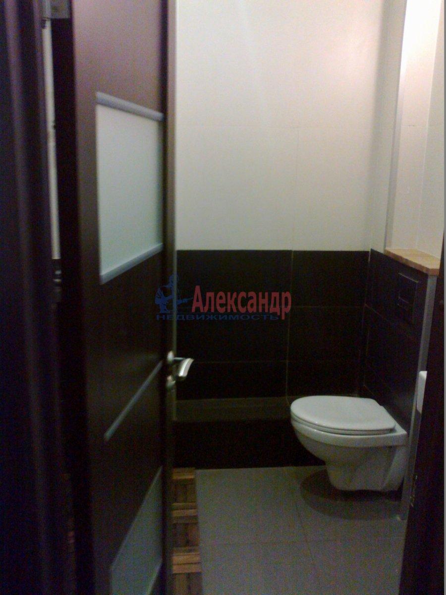 1-комнатная квартира (38м2) в аренду по адресу Полозова ул.— фото 2 из 9