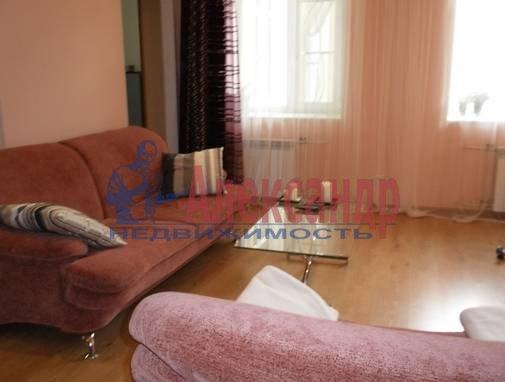 3-комнатная квартира (90м2) в аренду по адресу Невский пр.— фото 2 из 13